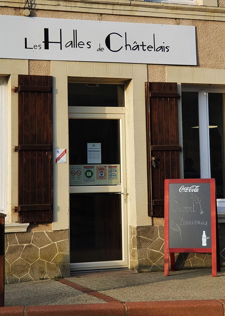 Les halles de Châtelais sont ouvertes